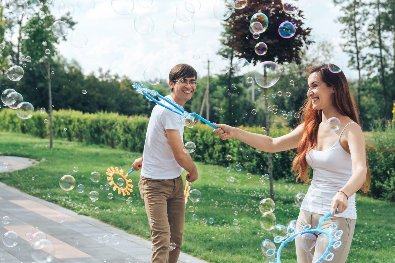 Street Bubbles show